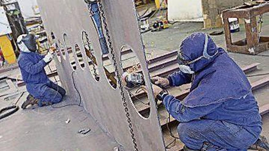 La producción industrial se desplomó el 13,9% el año pasado en la región