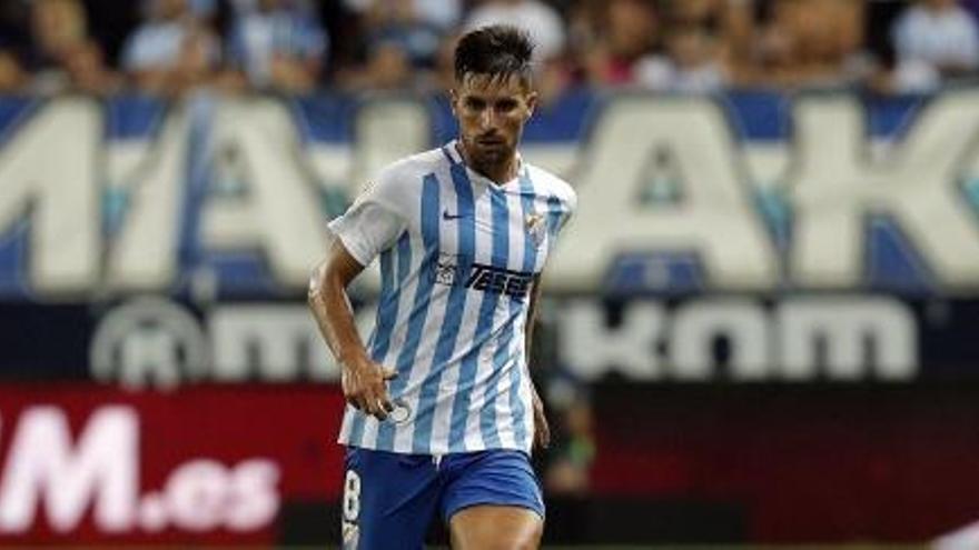 Adrián: pie y medio fuera del Málaga CF