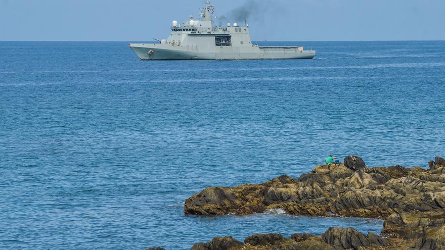 El 'Tornado' patrullará las aguas de Canarias hasta final de mes