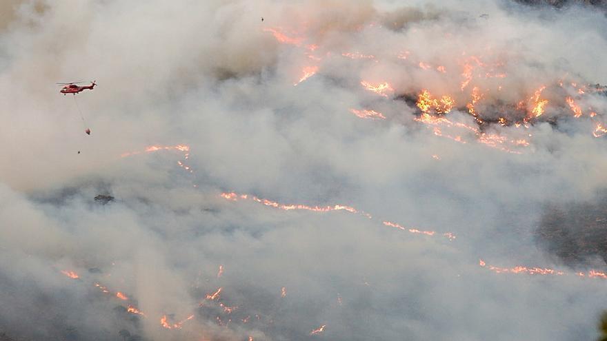 La Fiscalía presenta una denuncia por el incendio de Sierra Bermeja