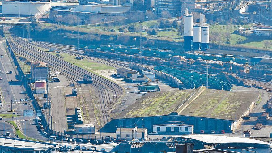 El Gobierno prorrogará el informe ambiental del tren a Langosteira para evitar su caducidad