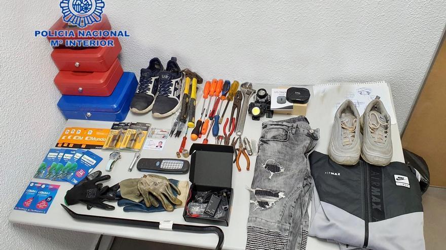 Cae una banda que había cometido ocho robos con fuerza en Alicante