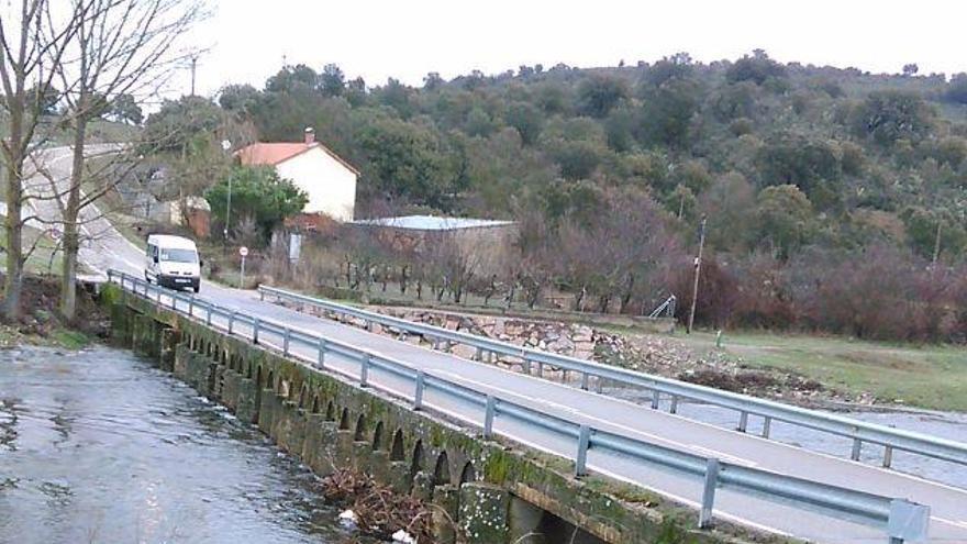 """Declarada """"urgente"""" la ocupación de terrenos para construir el puente de Domez"""