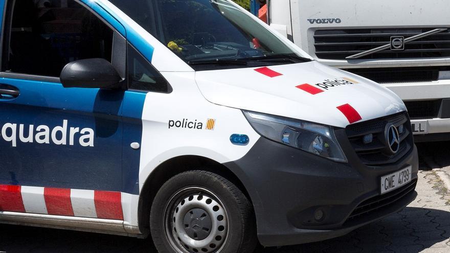 Detingut un camioner a la Jonquera per anar drogat i resistir-se després de ser descobert manipulant el tacògraf