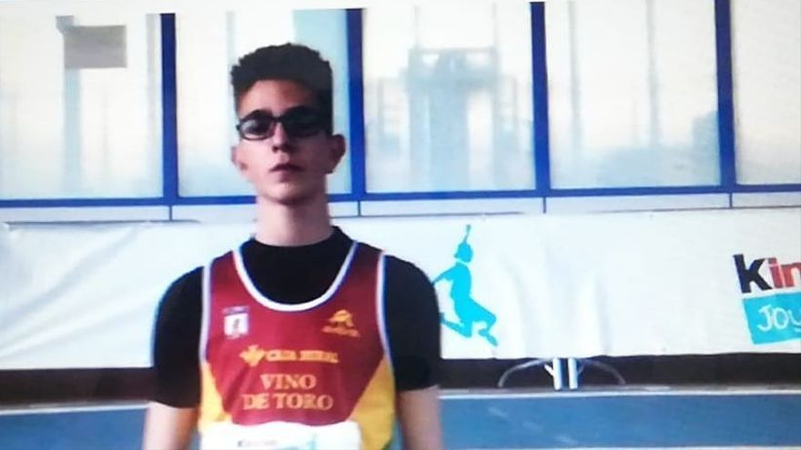 Atletismo Zamora   Bronce de Noe Bermejo Almaraz en el Nacional Sub-16