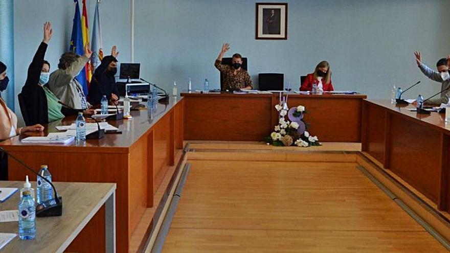 Unanimidad en el pleno de Salceda para rebajar el recibo del IBI el próximo año