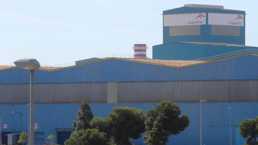 Problemas para parar las máquinas del todo en Lafarge, ArcelorMittal y AGC