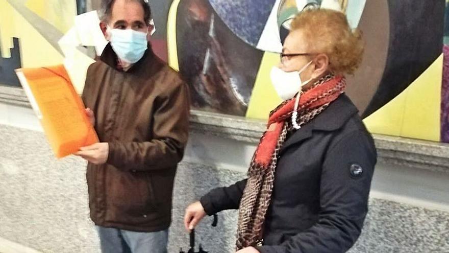 Entregan más de 1.200 firmas contra la ampliación del Museo