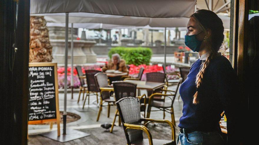Bares, cafeterías y restaurantes avisan de que más restricciones les llevan a la ruina