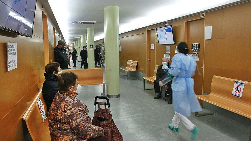 La mitad de las consultas telefónicas acaban con el paciente en el centro de salud