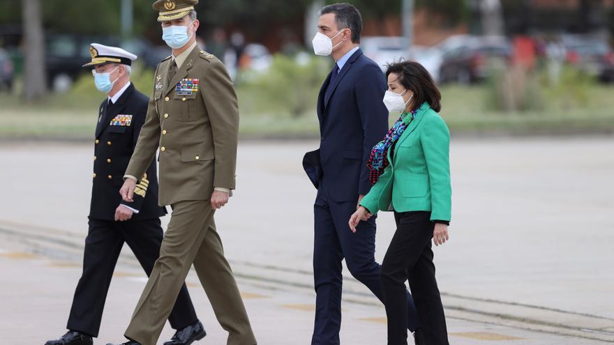 """El Rey recibe a los últimos militares de Afganistán: """"Señor, misión cumplida"""""""