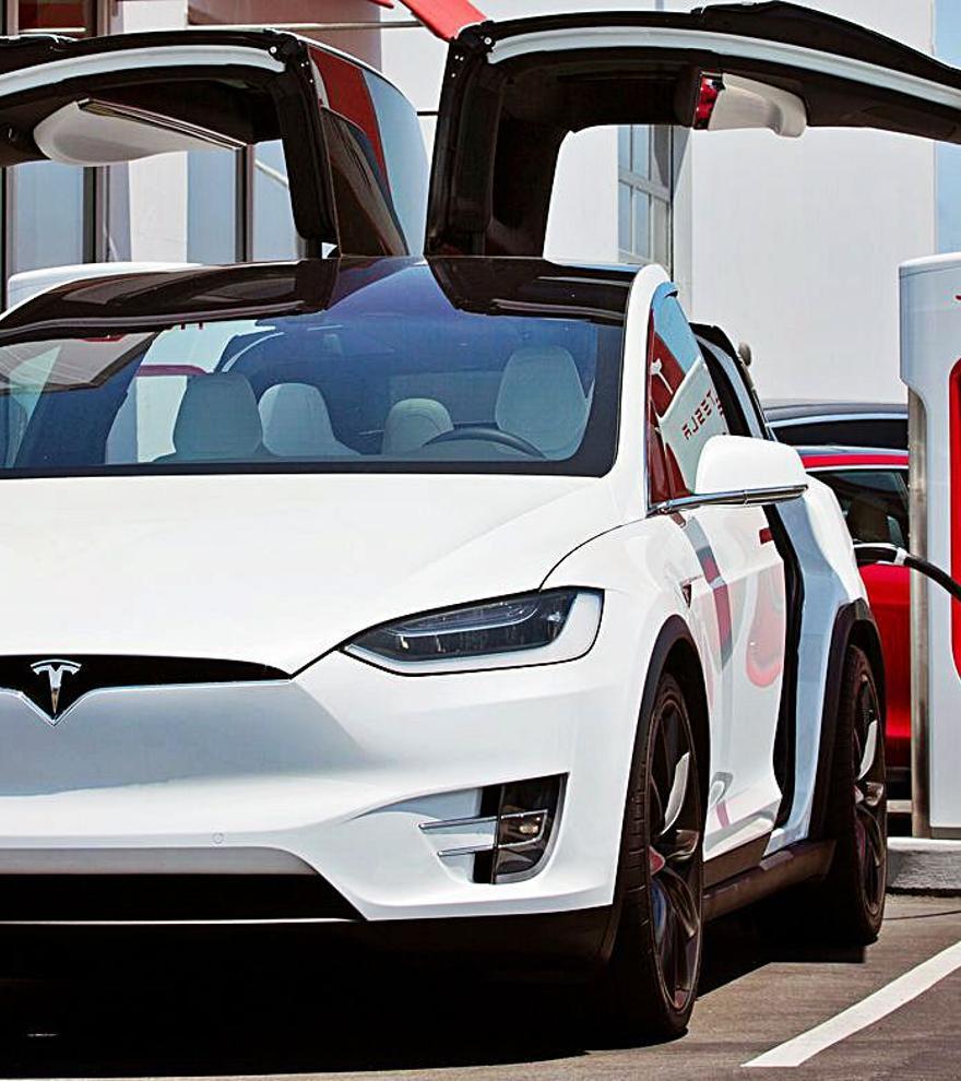 Reale y Galpe Seguros siguen apostando por el mercado de coches eléctricos en España