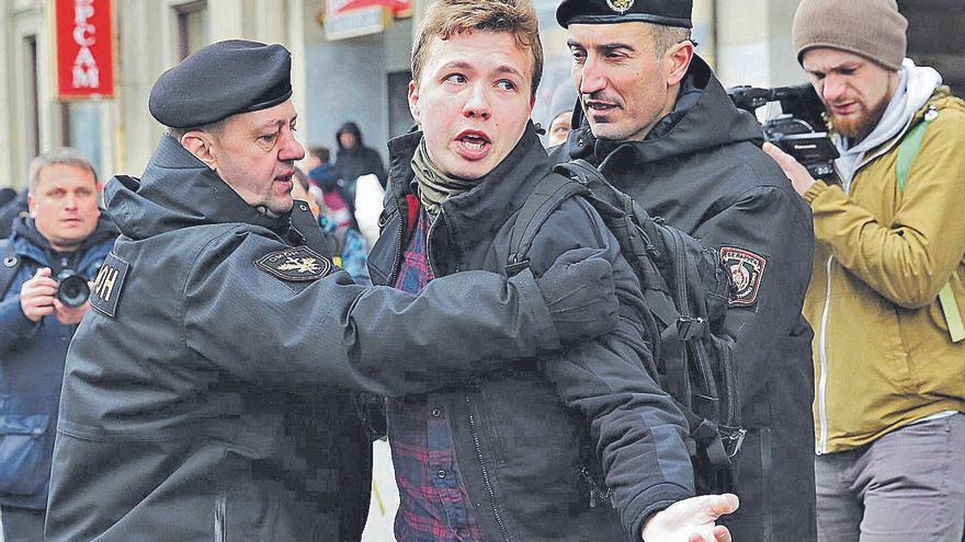 El «segrest» d'un avió provoca noves sancions de la UE a Bielorússia