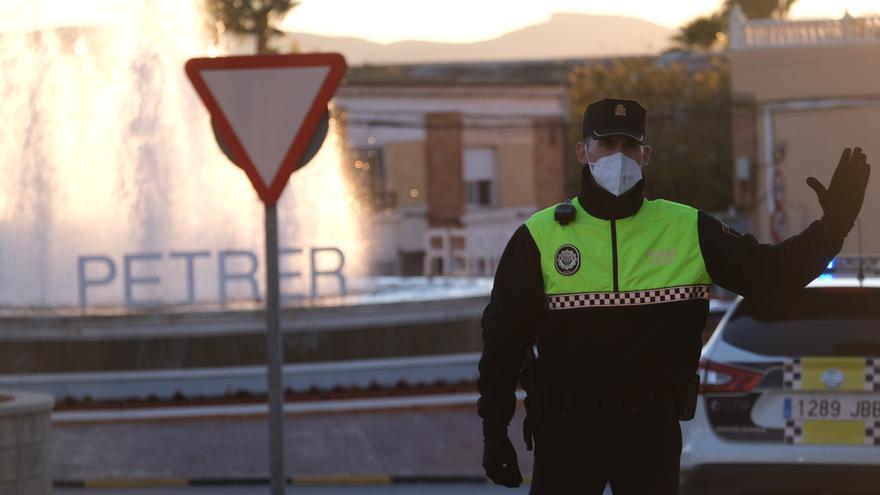La Policía Local de Petrer pide responsabilidad ante el cierre perimetral