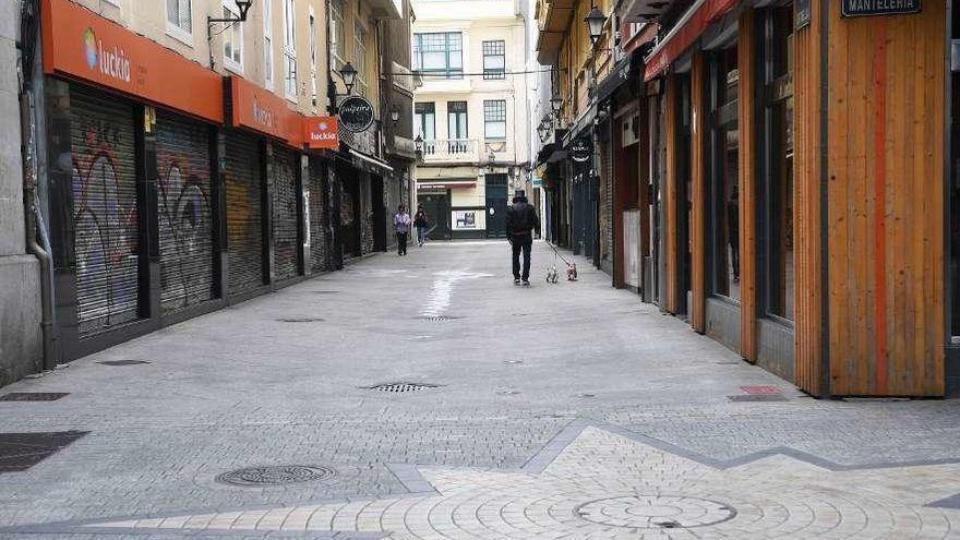 ¿Qué cierra y qué permanece abierto en Galicia a partir de hoy?