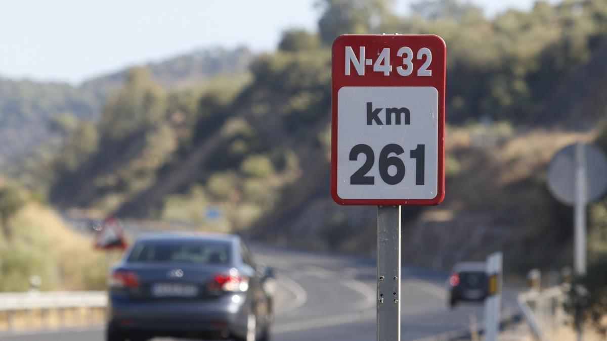 Tramo de la N-432.
