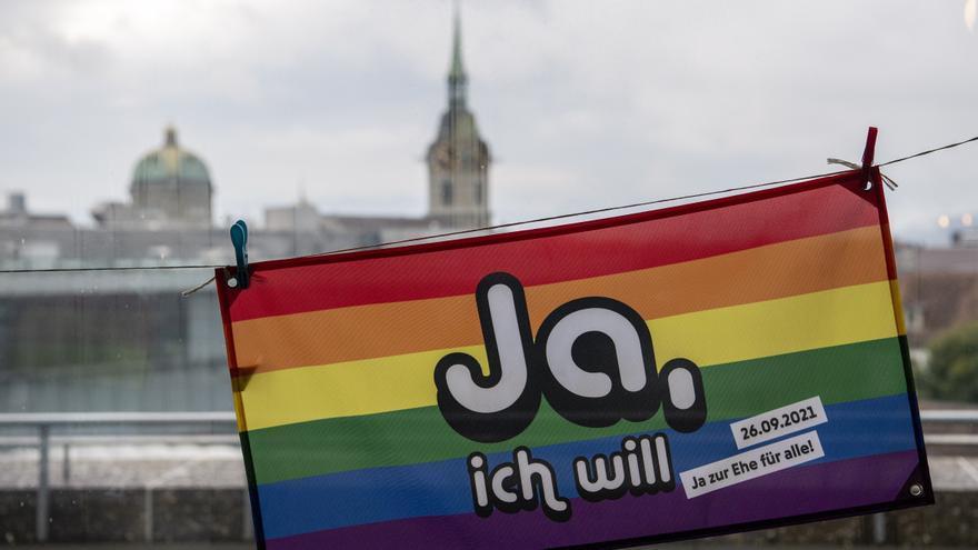 Suïssa aprova en un referèndum el matrimoni entre persones del mateix sexe