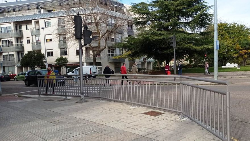 Zamora luce nuevas barandillas más seguras y accesibles en ocho zonas de la capital