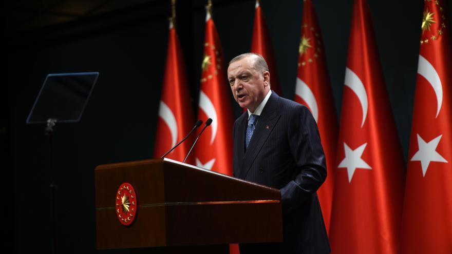 Turquía inicia una operación para detener a 229 miembros del Ejército acusados de golpsimo