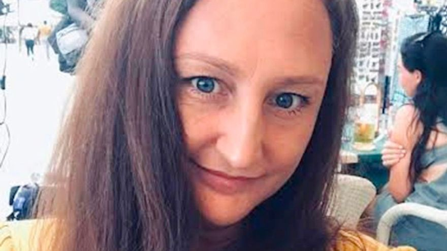 Estafan en Tenerife a una británica con un tumor cerebral