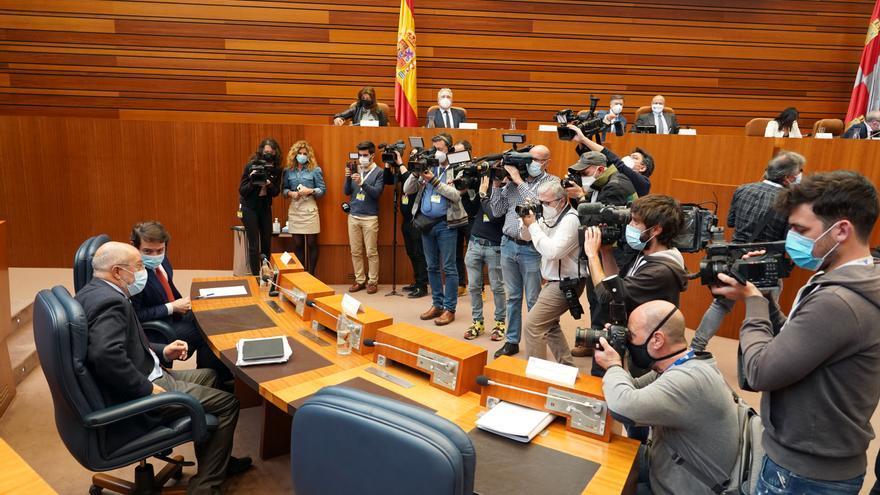 Las Cortes rechazan la moción de censura del PSOE contra el gobierno de Mañueco