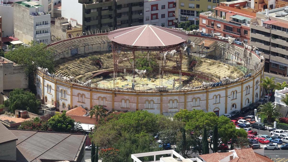 Plaza de Toros, situada en el barrio de Los Hoteles, en Santa Cruz de Tenerife.