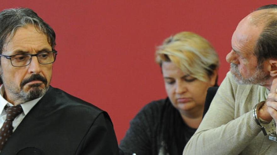 El desmayo de un letrado interrumpe el caso Visser