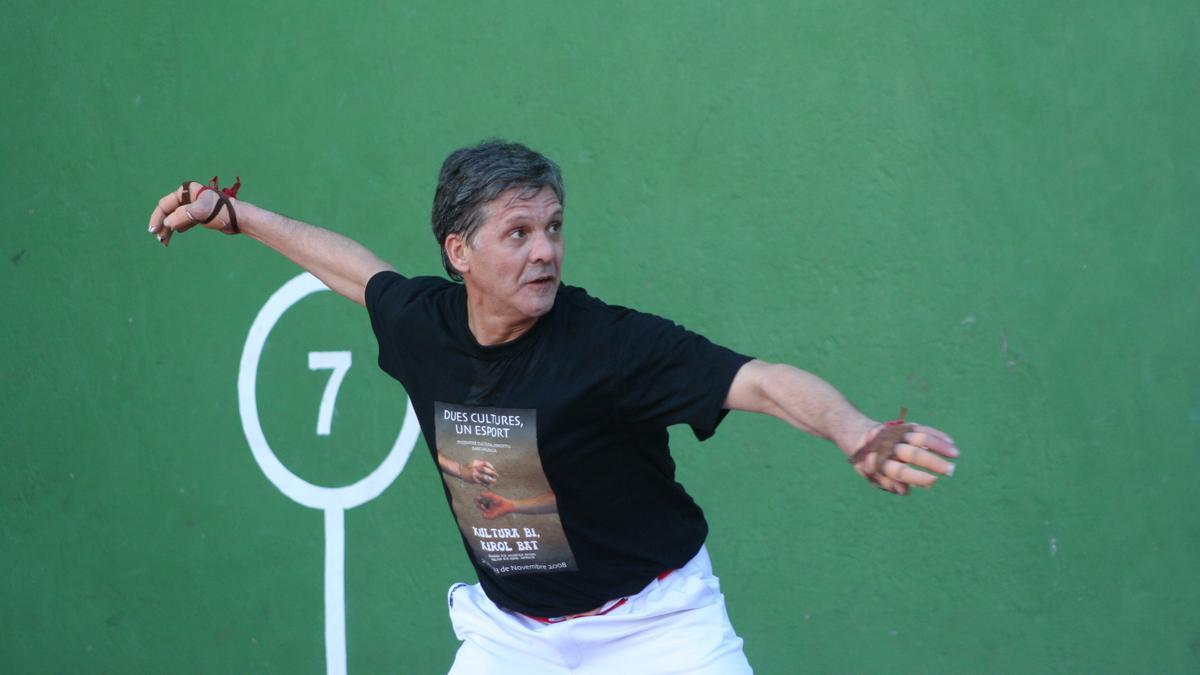 Paco Cabanes 'El Genovés', en una de sus últimas partidas