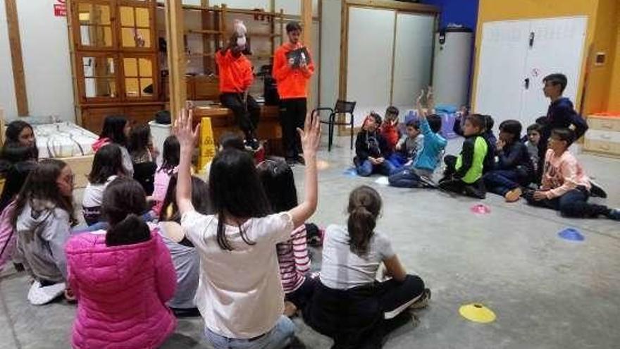 Alumnos de San Vicente de Paúl participan en planes de inmersión lingüística
