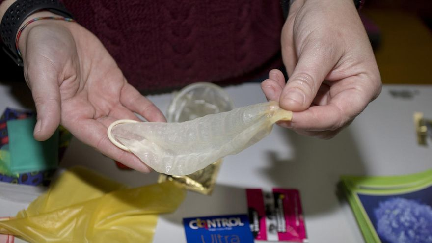 Detectan falsificaciones de preservativos de un lote de Durex