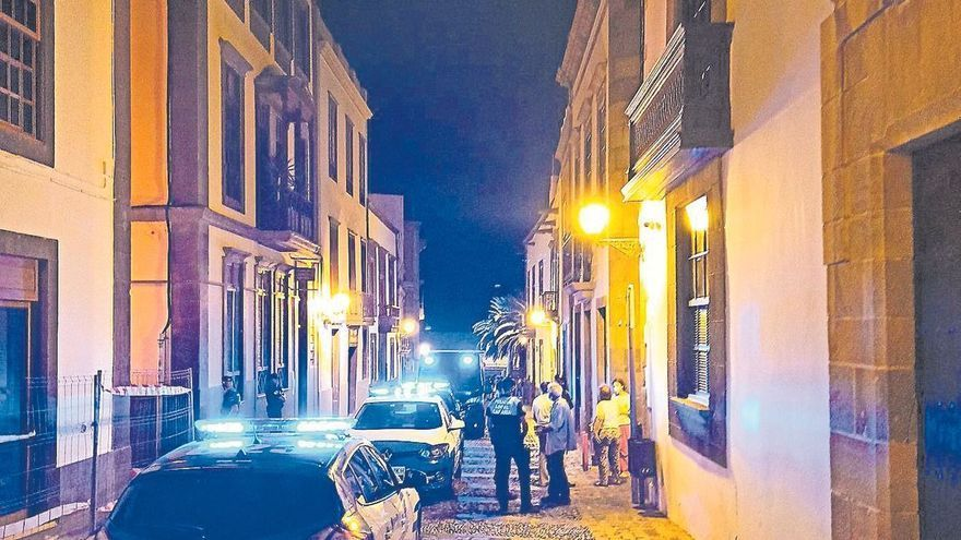 Violencia callejera en la  Concejalía de Distrito de Vegueta