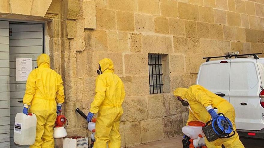 Nueve monjas de clausura contagiadas tras recibir misa de un cura negacionista en Alicante