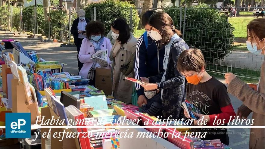 El Día del Libro reúne a multitudes en el Parque Grande de Zaragoza