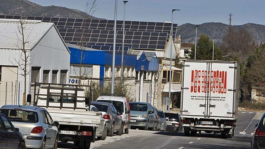 La industria de la Vall d'Albaida pide incentivos al autoconsumo energético