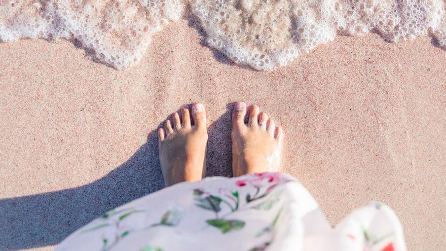 En verano, ¿los pies necesitan cuidados diferentes que en invierno?