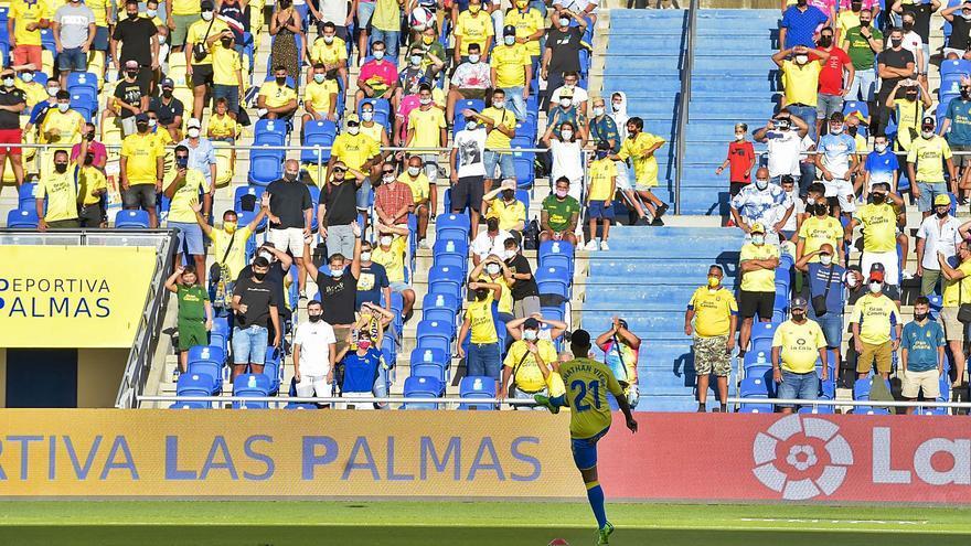 La UD Las Palmas puede meter a 19.200 fieles para el debut de Viera
