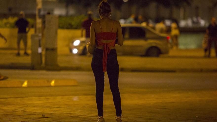 El drama de una prostituta: «Sientes que la gente no te valora»
