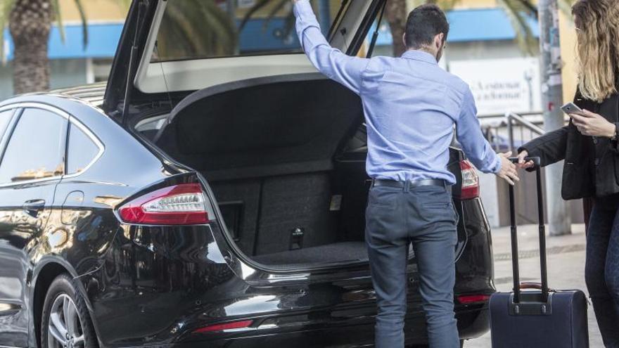Los coches de Cabify se triplican en solo seis meses en Alicante