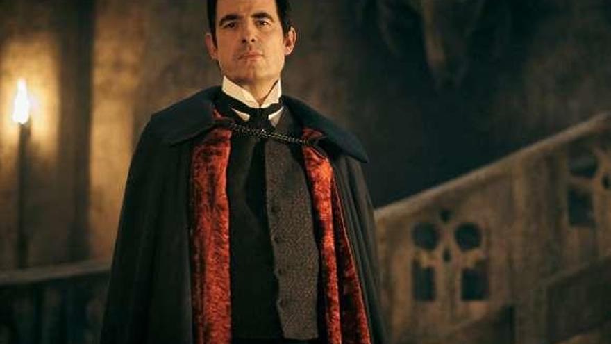 """El """"Drácula"""" de los creadores de """"Sherlock"""" triunfa en Netflix"""
