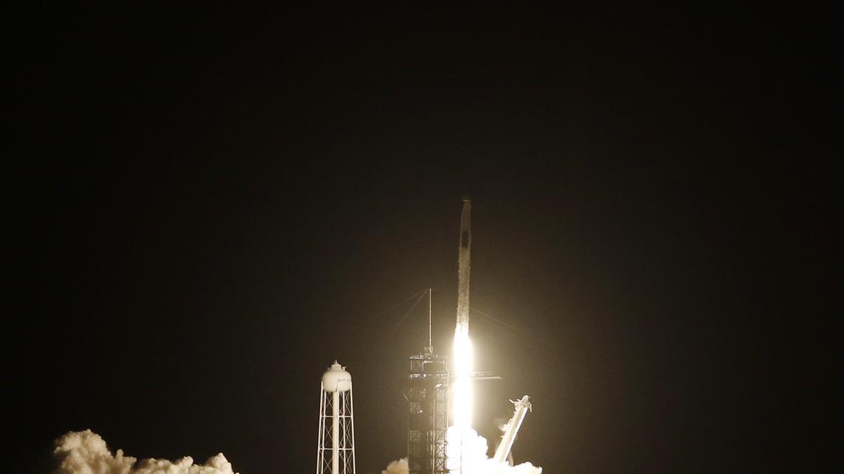 Despegue del cohete Falcon 9 de SpaceX.