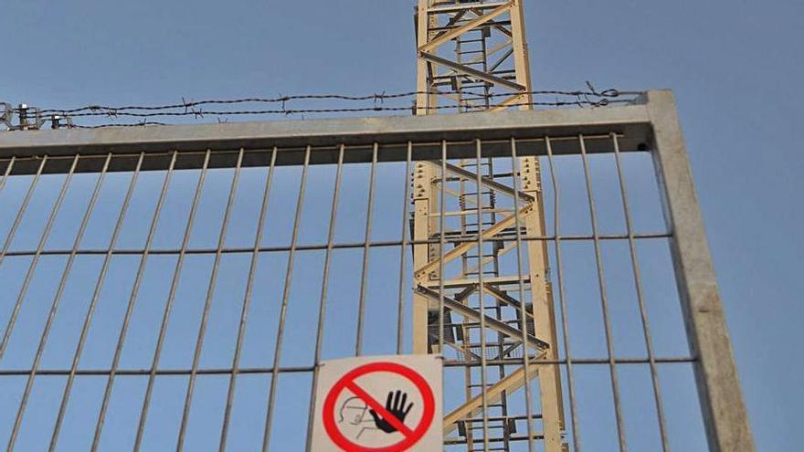 Los vecinos de Robledo temen otro confinamiento sin móvil ni Internet