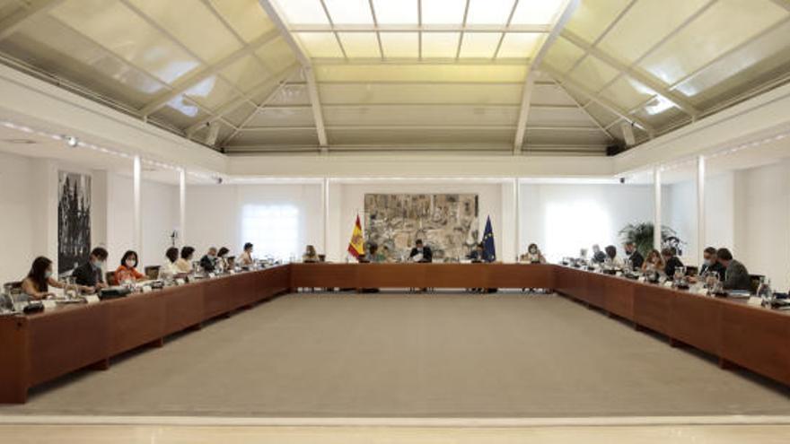 El Gobierno aprueba dotar con 42 millones el plan de empleo de Canarias 2021