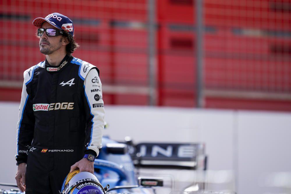 Fernando Alonso with Alpine in the Bahrain test