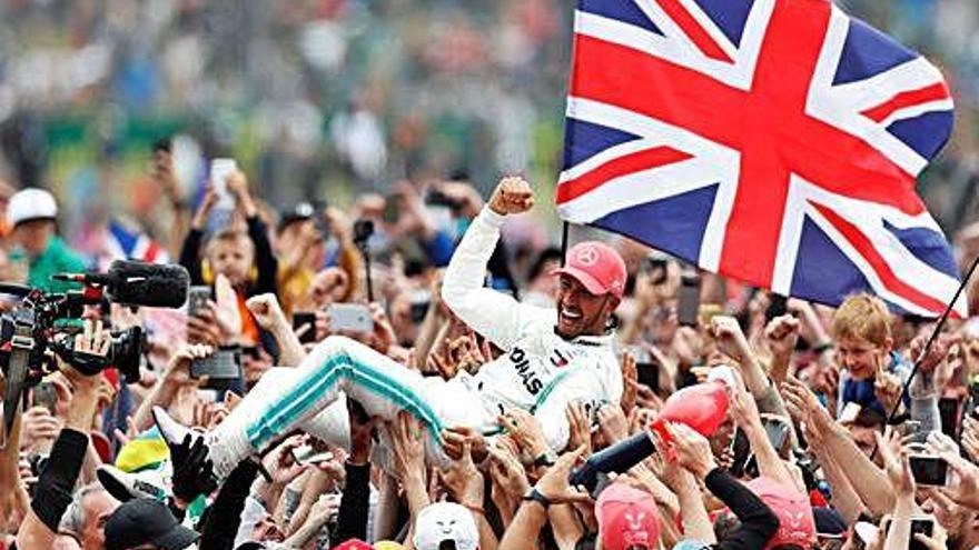Lewis Hamilton mana a Silverstone per ampliar l'avantatge en el Mundial
