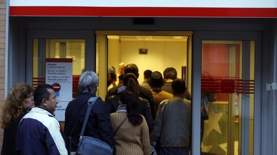 El paro baja en Asturias en 9.100 personas en el segundo trimestre, un 13,2%