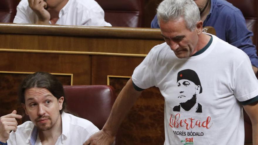 Pastor reprocha a Cañamero su actitud en el Congreso