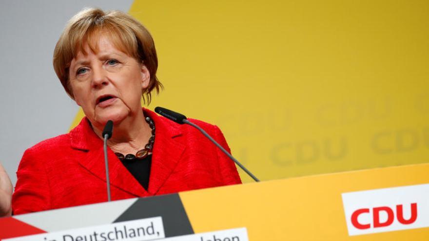 Angela Merkel, la imbatible 'muchacha' del este' que sigue los pasos de Kohl