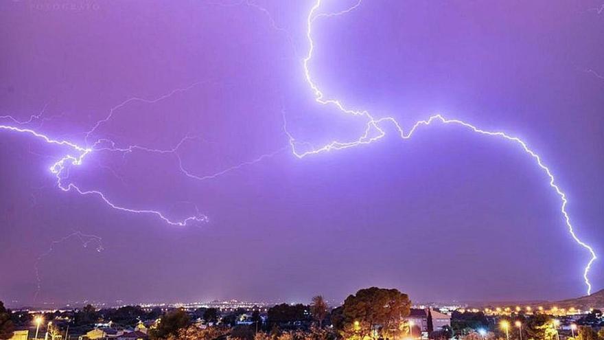 Noche de rayos en Alicante