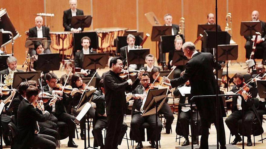 La OSPA gira hacia lo asturiano y apostará por músicos y compositores de la región
