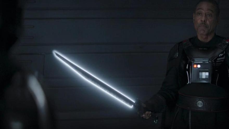 'The Mandalorian' desvela la cruda realidad del Darksaber